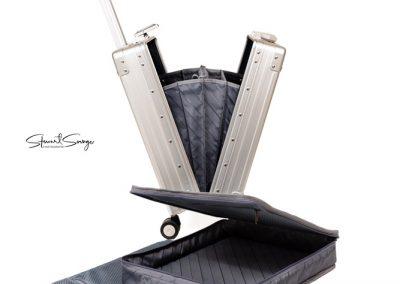 Aleon Aluminum Designer Luggage Wheeled Case With Inserts