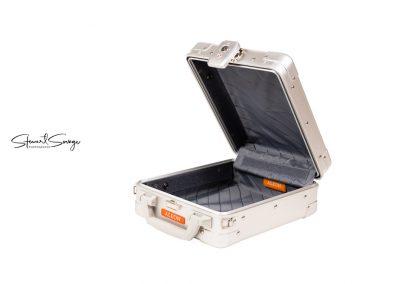 Aleon Aluminum Designer Luggage Interior View